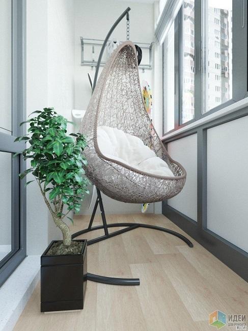 подвесное кресло на каркасе