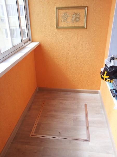 дизайн балкона с пожарной лестницей