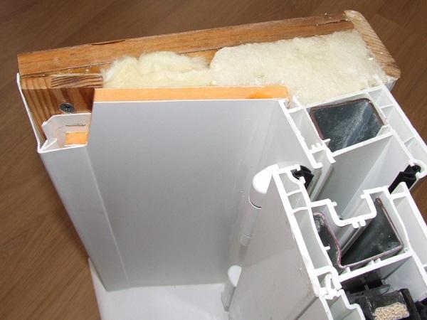 Теплые откосы из сэндвич панели на пластиковые окна