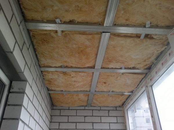 обрешетка на потолок из металлопрофиля с утеплением