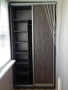 фото: шкаф-купе на лоджию
