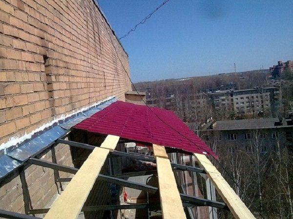 фартук на стык крыши и стены