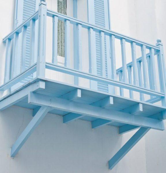 деревянные кронштейны для консольного балкона