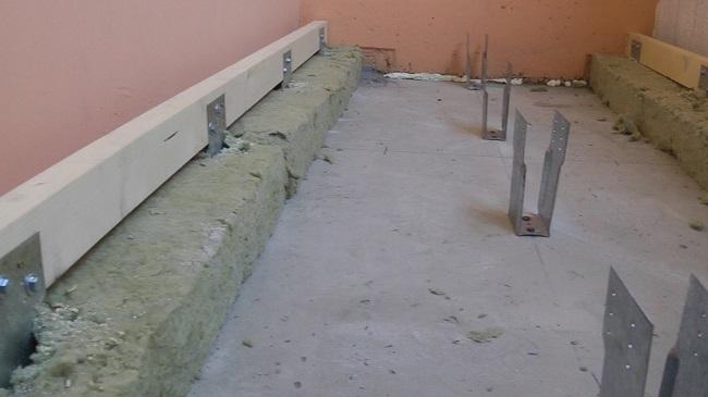 Пол на балконе своими руками выбор материалов утепление выравнивание укладка финишного покрытия