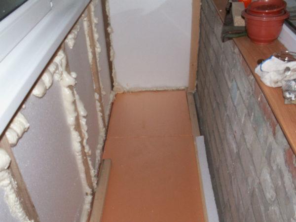 фото: утепление балкона пеноплексом и пенопластом