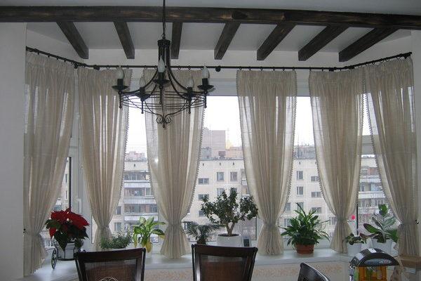 дизайн штор на балкон