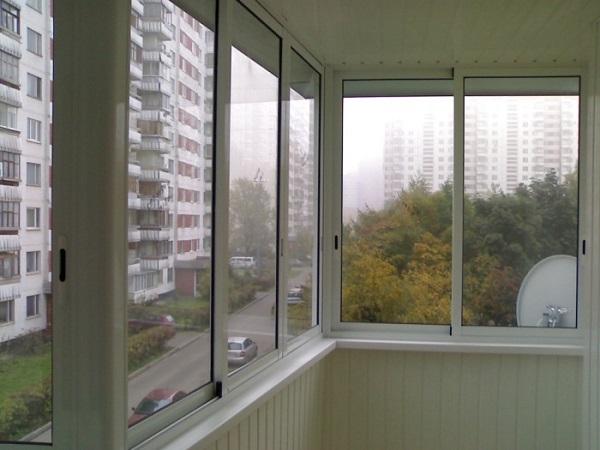 фото: Алюминиевые балконные рамы