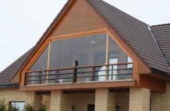 застекленный балкон в частном доме