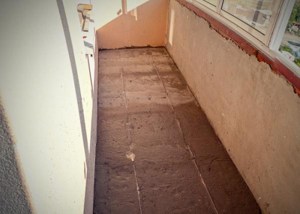 фото: как залить пол на балконе