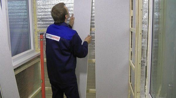 монтаж пластиковой панели