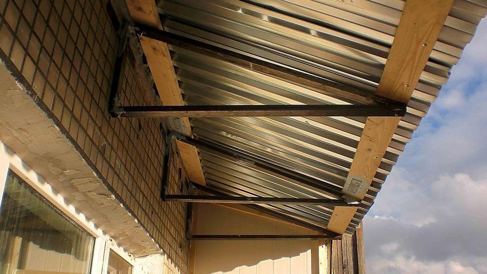 крыша на балкон на последнем этаже