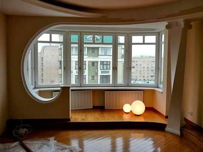 оформление арки на выход балкона