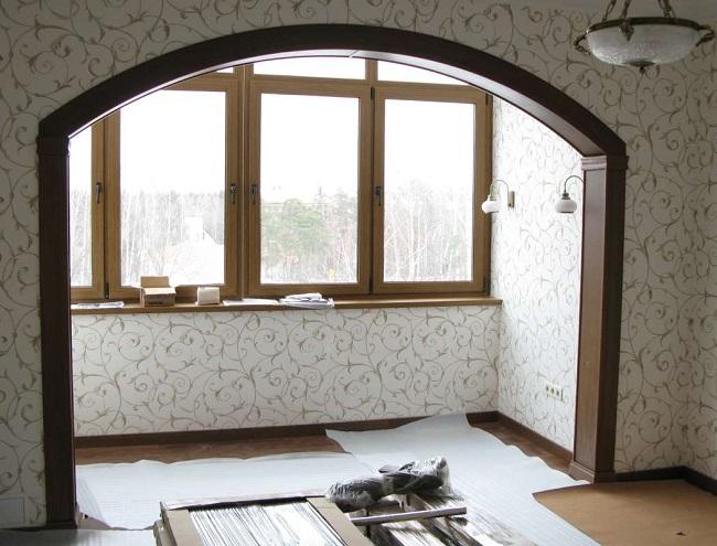 арка по центру комнаты