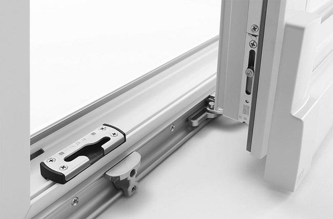 Фурнитура для раздвижных металлопластиковых конструкций