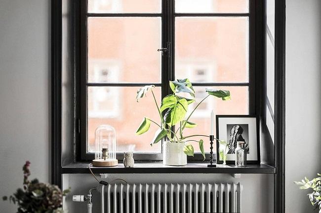 декор для черного окна