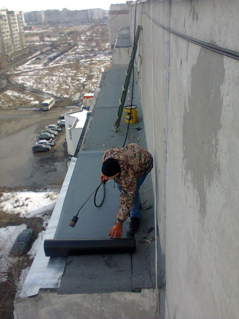 ремонт крыши балкона рубероидом