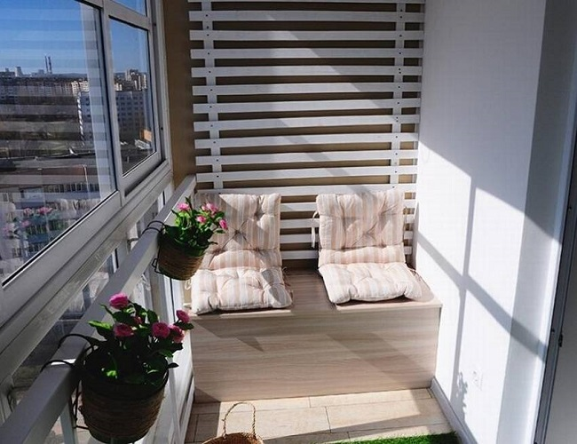 ящик скамейка с подушками