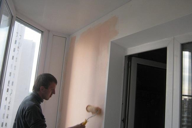 покраска гипсокартона на балконе