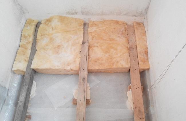утепление пола на балконе минватой