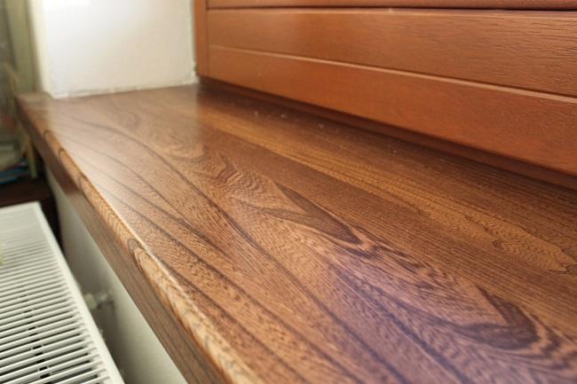 подоконник из деревянного массива