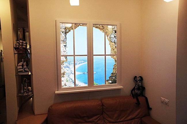 фальш окно с подсветкой в интерьере гостинной