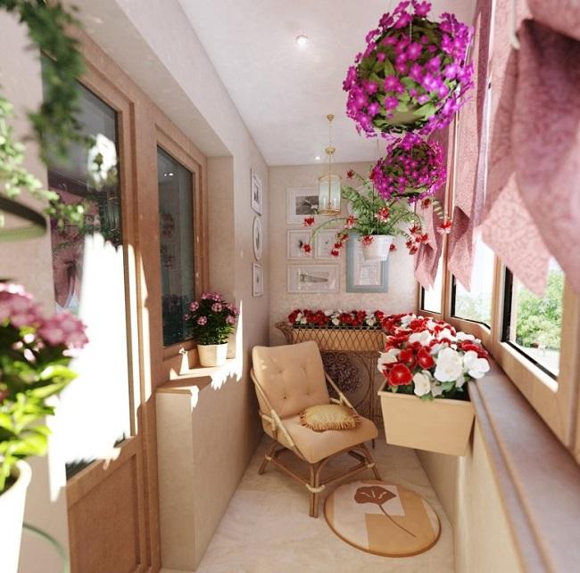 балкон с цветом стен пряный мед