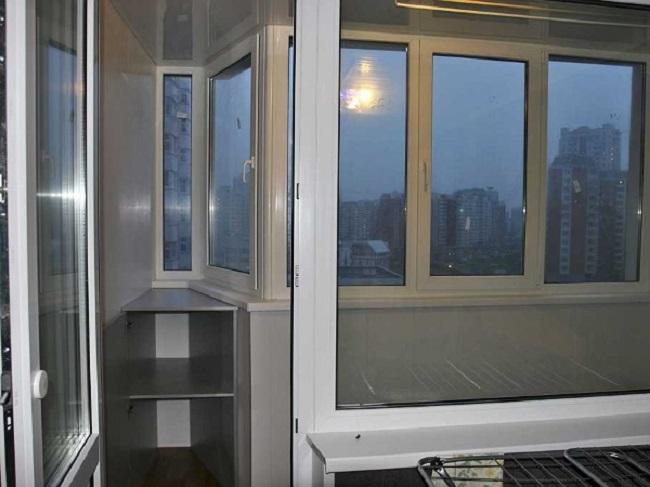 балкон с полочками п 44 т