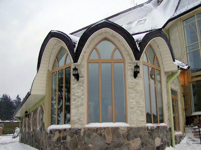 стрельчатые арочные окна для частных домов