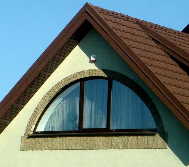 арочное окно для мансардных окон