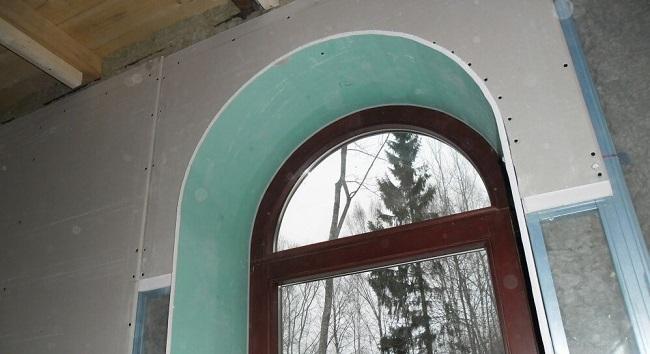 откосы из гипсокартона для арочного окна