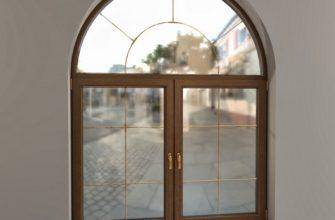 арочное окно в дизайне дома
