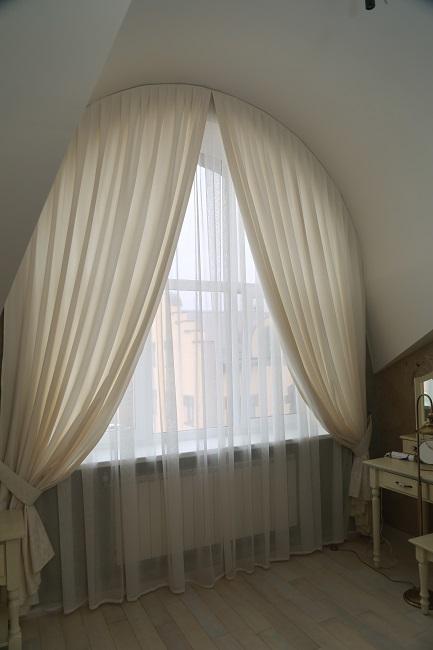 красивая тюль на арочныое окно