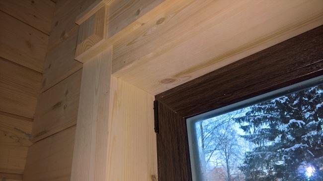 верхняя часть деревянного откоса