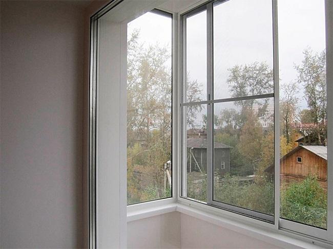 раздвижные москитные сетки на балкон