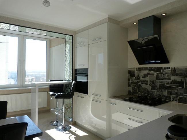 переход с кухни на балкон
