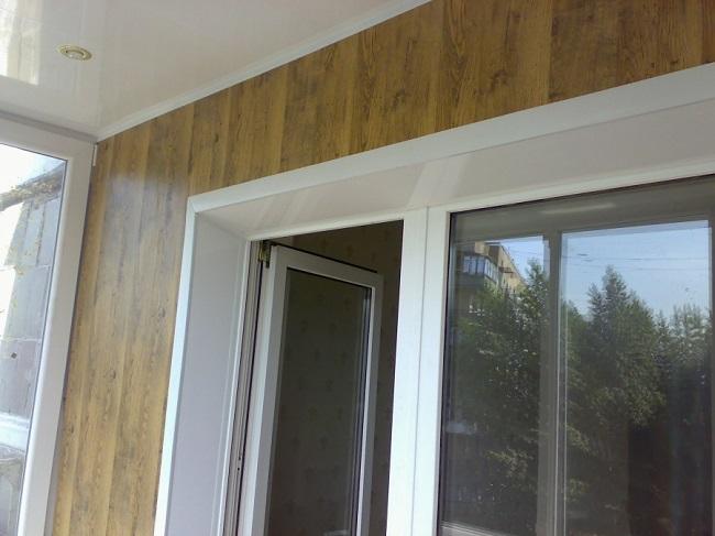 откосы из пвх в балконный блок