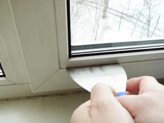 снятие штапика пластикового окна