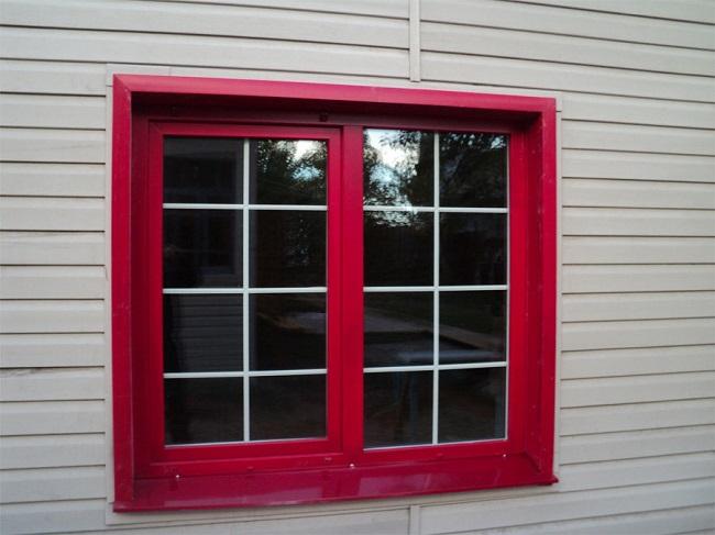 красные окна пвх