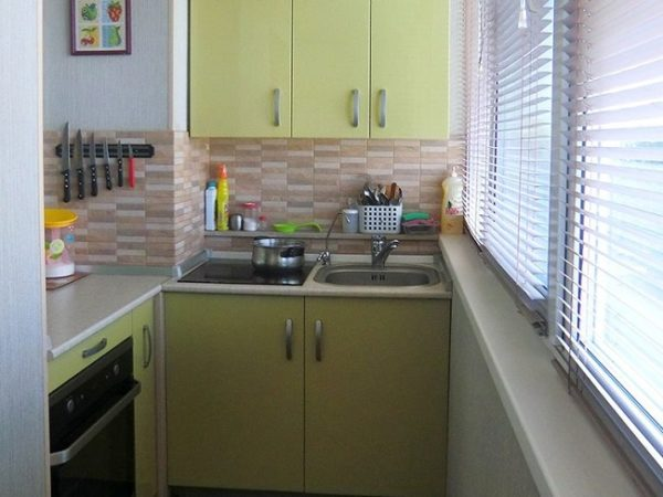 кухня на хрущевском балконе