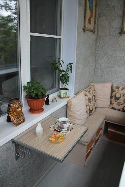 имитация камня в отделке балкона в хрущевке