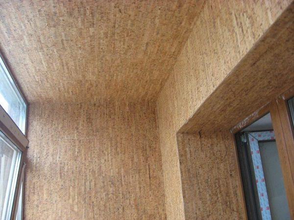пробковые панели на потолок в хрущевском балконе