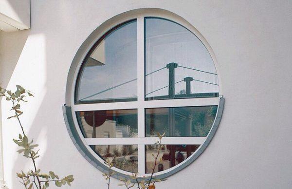 круглое алюминиевое окно