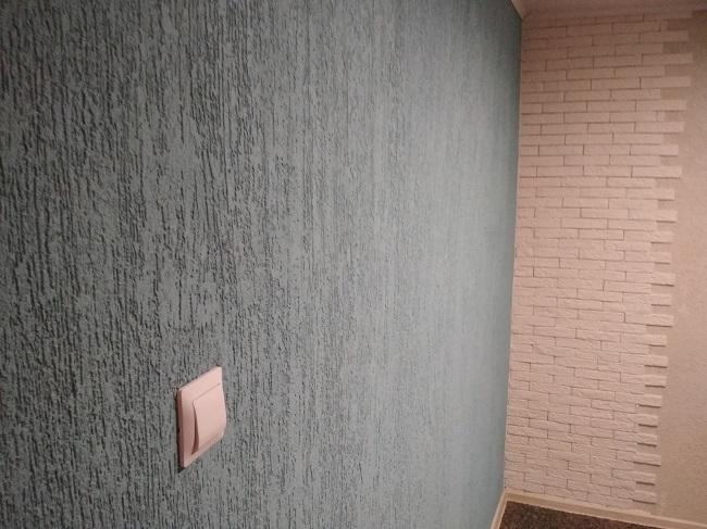 короед штукатурка в интерьере квартиры
