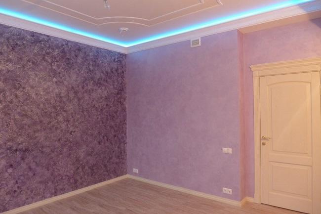 фактурная краска в интерьере зала