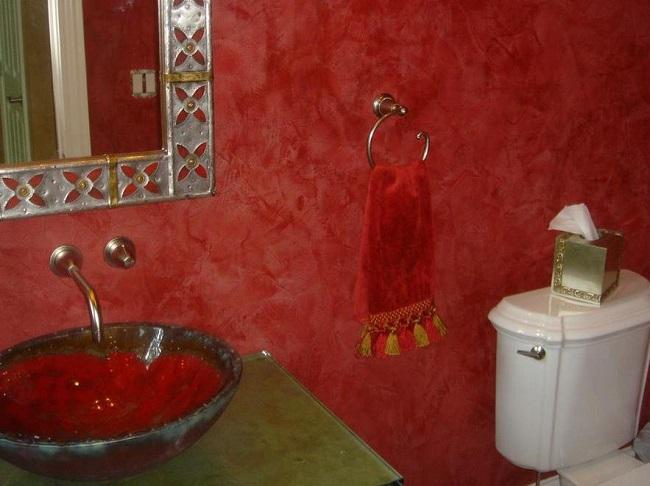 венецианская штукатурка в туалете