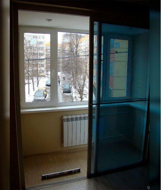 раздвижные двери на балкон без порога