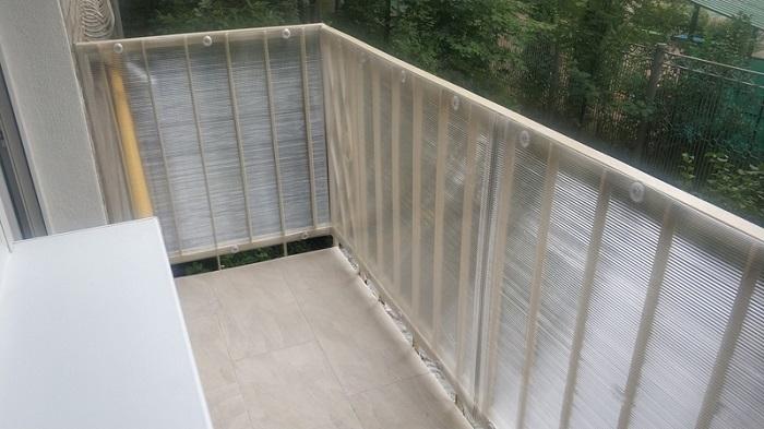 отделка ограждения балкона поликарбонатом