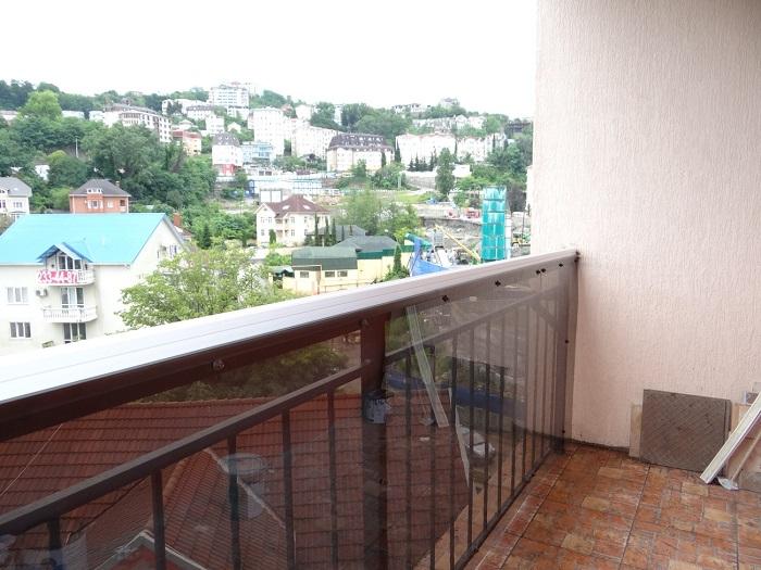 поликарбонат для ограждения балкона