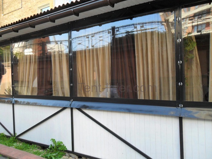 мягкие окна с люверсами и ремнями