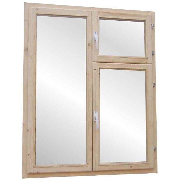 деревянное окно с форточкой